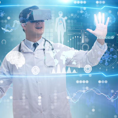 Virtual reality engages patients more than CT, booklets
