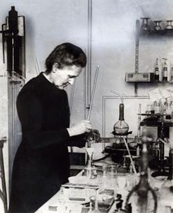 Marie Curie in her laboratory at the Radium Institute